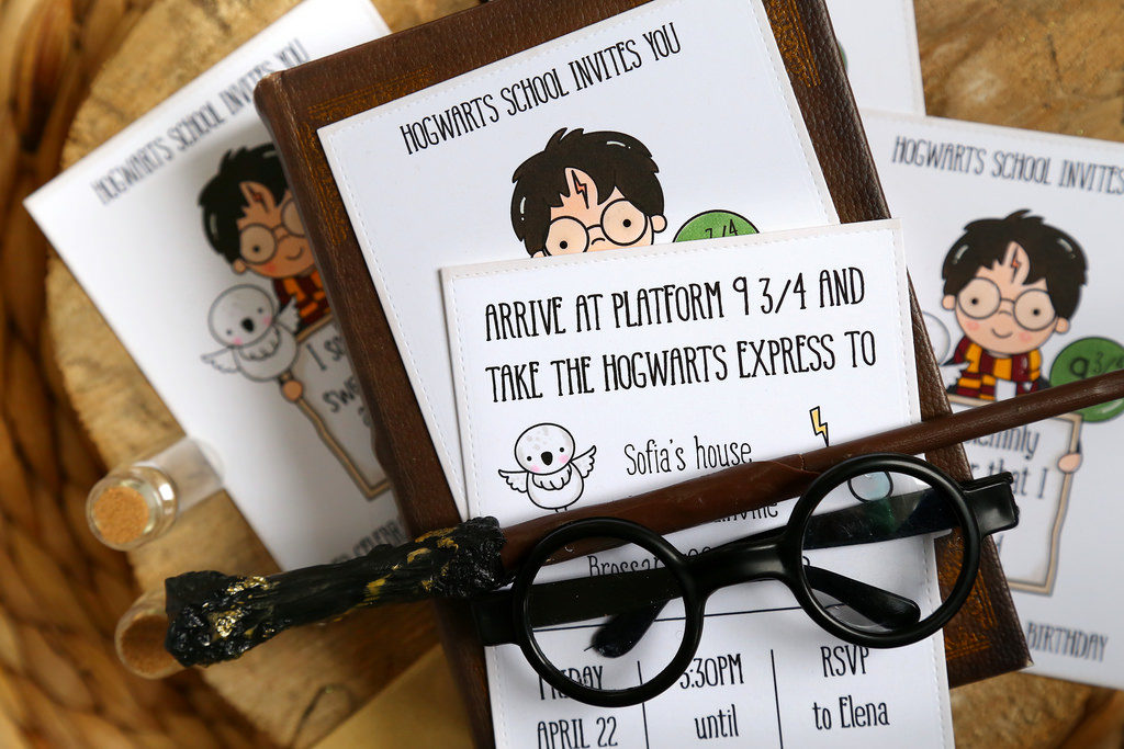 Personalized Harry Potter invitations