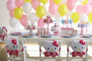 hello-kitty-cupcake-station